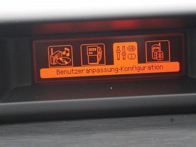 516507_1406482461835_slide bei Autowelt Linz in
