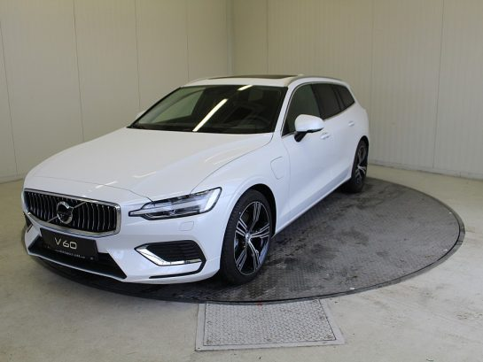 Volvo V60 T6 AWD Recharge PHEV Inscription Geartronic bei Autowelt Linz in