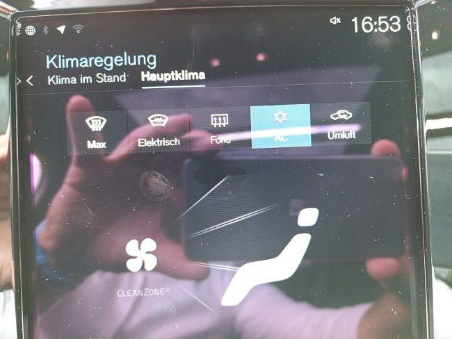 527852_1406506650361_slide bei Autowelt Linz in