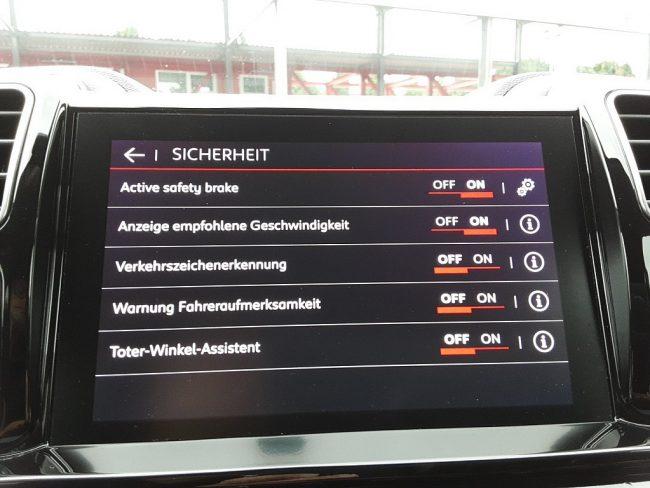 546821_1406506373740_slide bei Autowelt Linz in