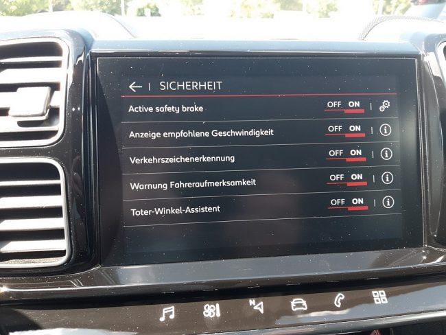 547385_1406506478421_slide bei Autowelt Linz in
